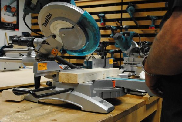 what is a compound miter